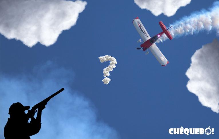 Avioneta rompe nubes en El Campello con Yoduro de plata.