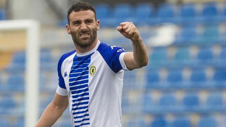 El delantero del Hércules Benja Martínez celebrando el gol contra el Ibiza