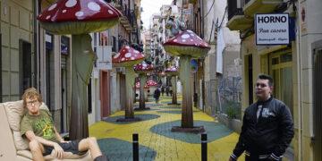 Imagen de la calle de las setas de Alicante