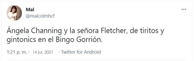 Tweet de @malcomhcf: Ángela Channing y la señora Fletcher, de tiritos y gintonics en el Bingo Gorrión de Alicante